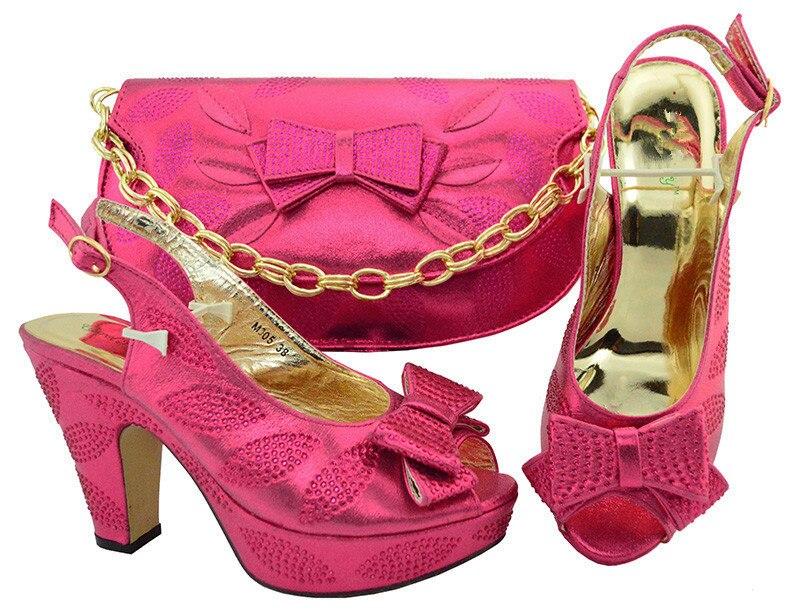 Красивая фуксия туфли-лодочки на высоком каблуке с комплект с сумкой Последние Свадебные/вечерние сандалии обувь и сумки M005, высота каблука...