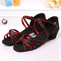 Vintage Girls Sandals for Party Satin Girls Latin Shoes Ankle Strap Girls High Heels Kids Girls Shoes For Latin Dance Student