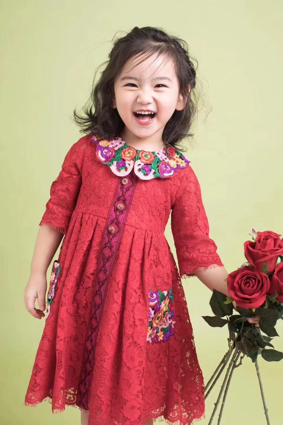 In stock baby girls dress 2018 spring summer Flower Embroidered Red Lace Dress high quality girls dresses for party and wedding summer dresses for girls party dress 100% cotton summer cool and refreshing the harness green flowered dress 1 5years old
