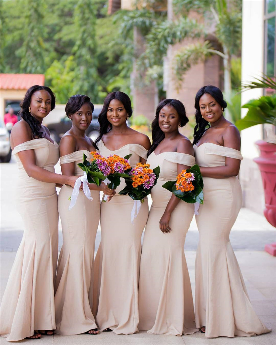Lovely 2019 African   Bridesmaid     Dresses   Strapless Off The Shoulder Floor Length Sexy Wedding Party   Dress   Plus Size Party Gowns
