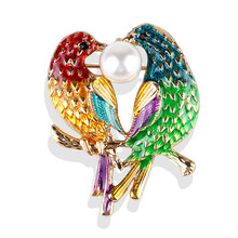 New Enamel Women's Kiss Bird Pearl Brooch Large Jewelry Pins Brooches For Women Handmade Ladies Metal Pin Badge Broches O2335 pulatu personalized enamel simulate pearl bird brooch b1l5 7