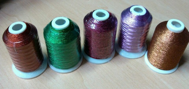 Free shipping shiny metallic embroidery thread lurex yarn 500 to 700m/cone, 5 cons/lot, 42 different colors embroidery
