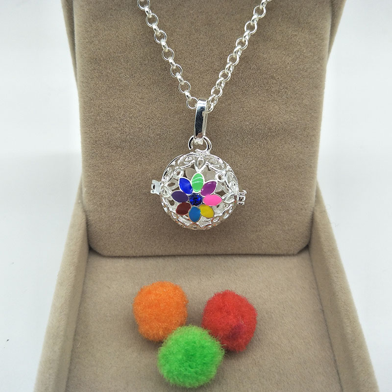 New lovely colorful enamal Daisy withblue stone Locket Necklace ...