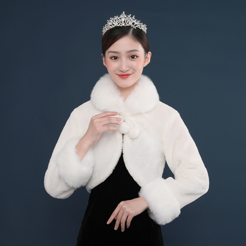 c8fc36d5f35 New Fashion Ivory Long Sleeves Bridal Faux Fur Shawls and Wraps for Wedding  Party Capes Women