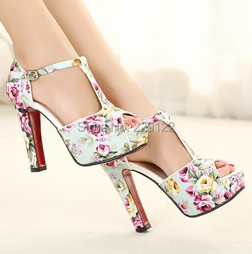 Flower Print Shoes Black