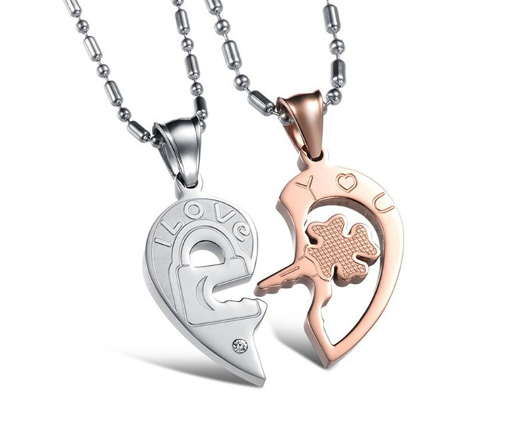 5c05d60bce Valentine Heart Key Gift Couple Set Lovers' Matching Pendant Jewelry  Necklace For Girlfriend Boyfriend With Rhinestone Stone