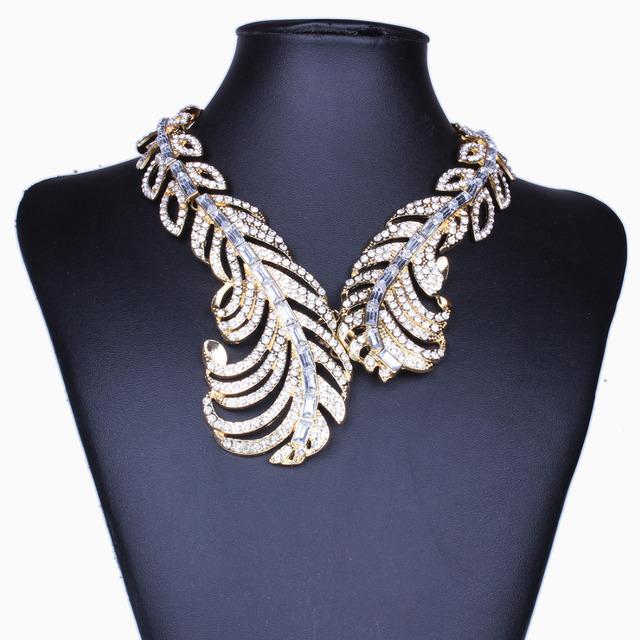 Torques Collar de la declaración 2017 de Lujo Grande de La Vendimia Mujeres Collar de Plumas Del Ala de Cristal Collar de la Joyería Libre Del Níquel