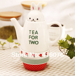 Tea For Two Lovely Rabbit Ceramic Pot With Cups