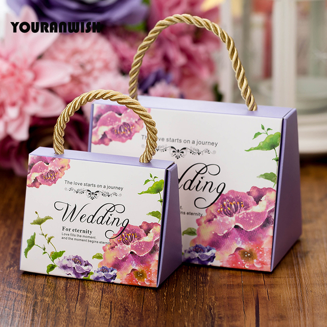 Youranwish 50pcs Portable Wedding Candy Box Favors Paper Gift Bag Packaging For Guests Party