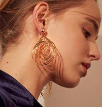 European and American temperament earrings for women personality nightclubs exaggerated sexy fashion earrings H25