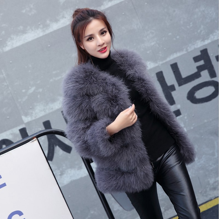 New Arrival 100% ladies ostrich feather coat Korean Slim women's round neck genuine fur jackets Retail Wholesale Top Quality