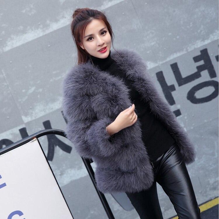 Nouveauté 100% dames autruche plume manteau coréen Slim femmes col rond véritable fourrure vestes au détail en gros Top qualité