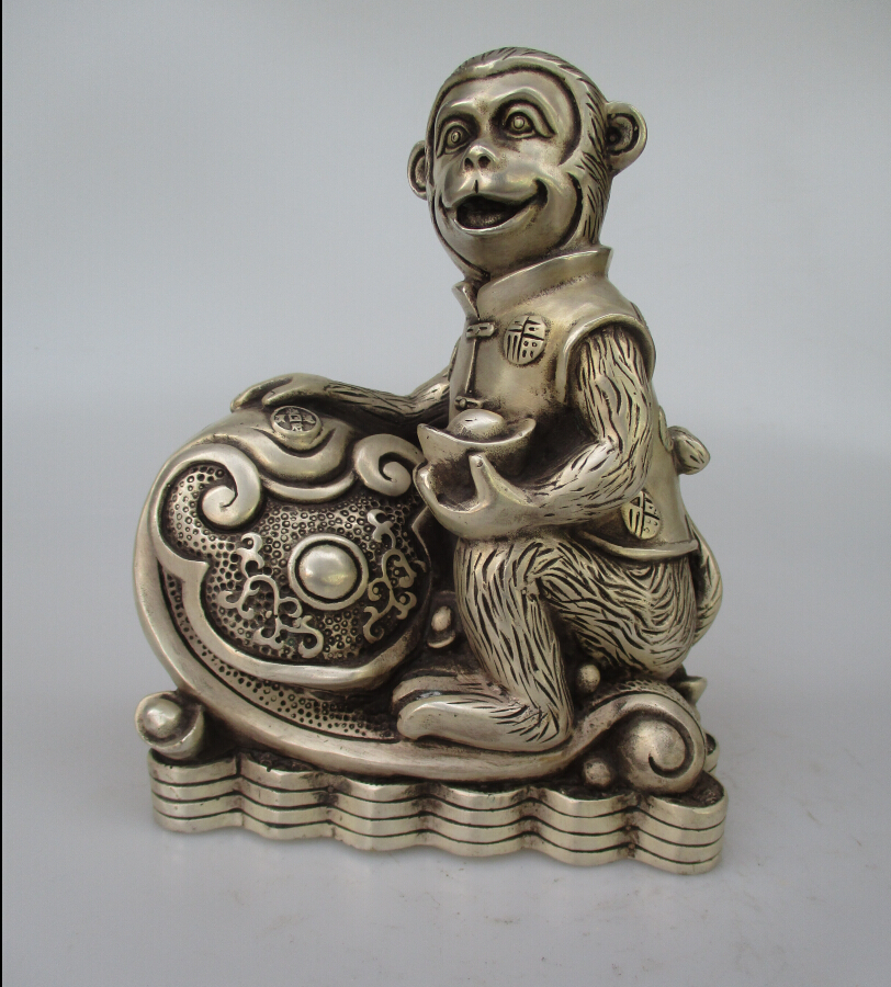 Antique antiques Collectible Decorated Old Handwork Tibet Silver Carved Lucky Monkey  Statue/ Sculpture 0000010Antique antiques Collectible Decorated Old Handwork Tibet Silver Carved Lucky Monkey  Statue/ Sculpture 0000010