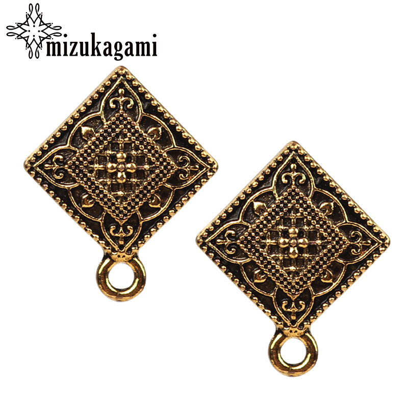 18 22mm Alloy Stud Earrings Accessories Retro Gold Square Shape Earring Base Earring Connector For DIY Earrings Accessories in Jewelry Findings Components from Jewelry Accessories