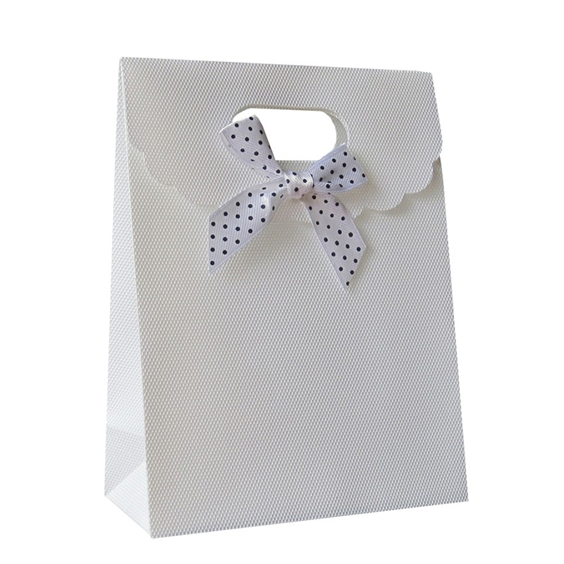 Free Shipping 40pcs/lot 16.5x12.5x6CM White Plastic Christmas Candy Box Jewelry Gift Packaging Party Wedding Pouch Bags