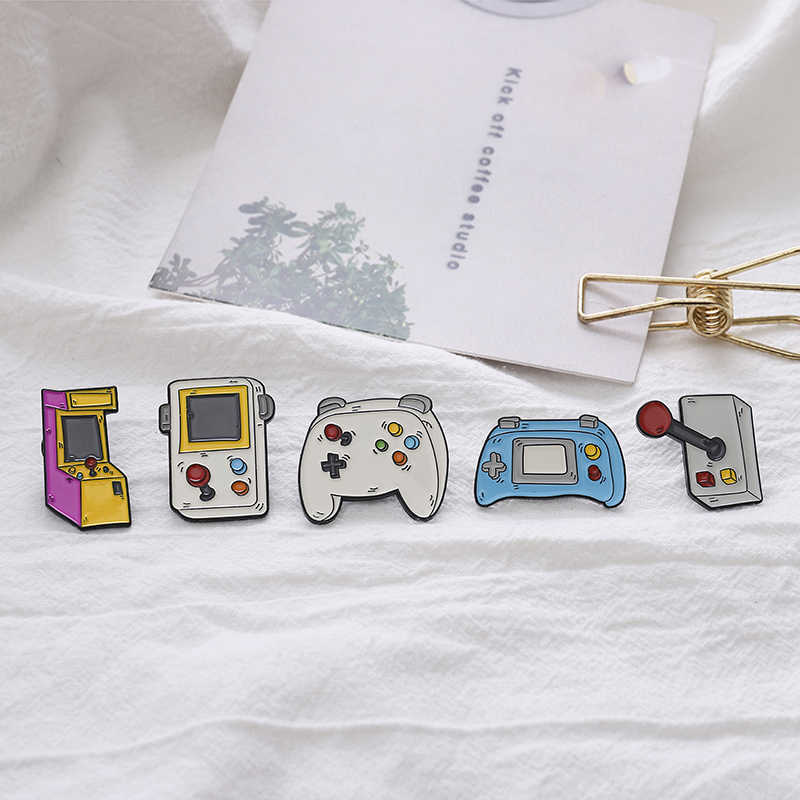 """Aku Cinta Video Game"" Pin Mesin Permainan Gamepad Rocker Kerah Pin Bros Vintage Kartun Enamel Pin Lencana Denim kemeja Perhiasan"