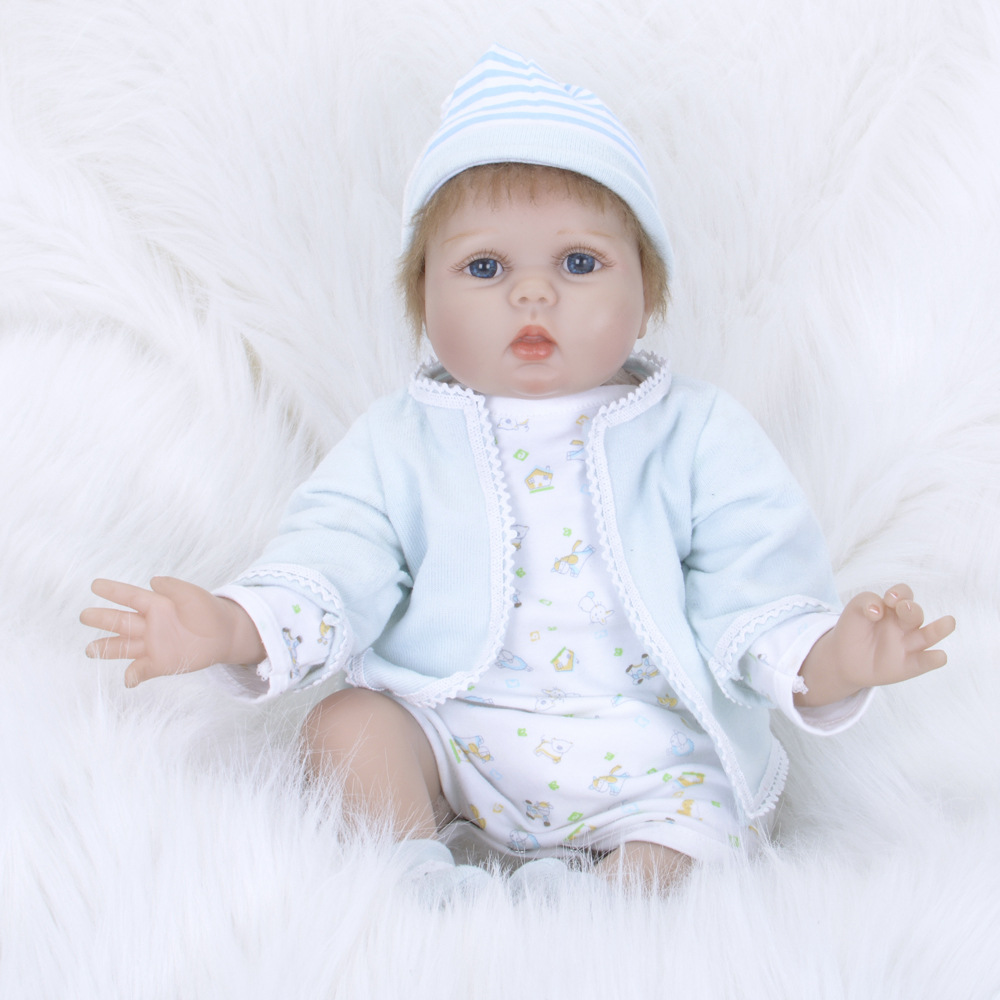 55cm 22inch Reborn Girl Baby Dolls with Light Blue Clothes Handmade Silicone adora Lifelike Brinquedos Baby Bonecas