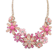 Luxury Big Brand Necklaces & Pendants  Acrylic Resin Flower Pendant Chunky Statement Bib Collar Necklace