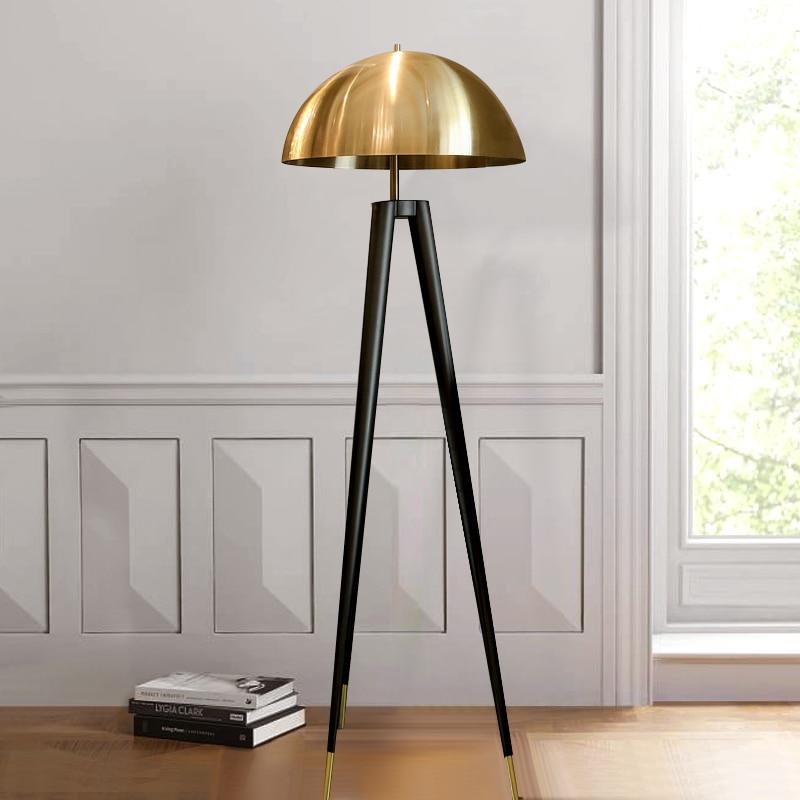 Postmodernen Drei Stativ Gold Tisch Lampe Italienischen Designer Lampen Kreative Büro Led Boden Lampe Schlafzimmer Nacht Wohnkultur Lichter - 5