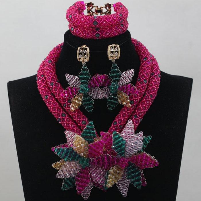 купить Fashion Rose Pink Bridal Beads Nigerian Jewelry Set Teal Flower Brooch Necklace Earrings African Jewelry Set Free Shipping WD252 по цене 4353.2 рублей