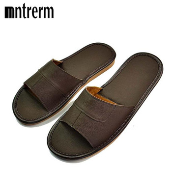 2018 New Leather Slippers Men Home Furnishing Indoor Floor Classic Footwear Casual Slides Leather Sandalias Zapatos Hombre 1