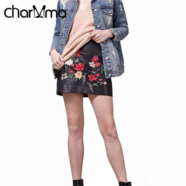 Charmma boho primavera vintage mujeres mini faldas negras corto estampado floral falda lápiz de cintura alta de cuero étnica bordar bodycon