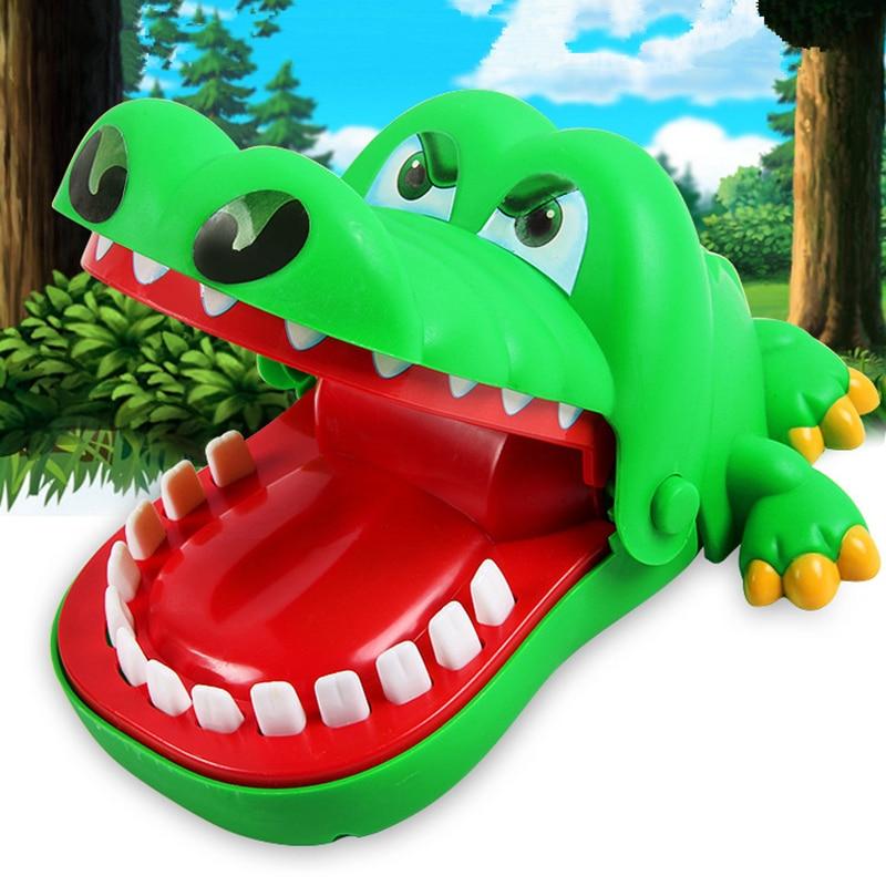 Venda quente criativo práticas piadas boca dente jacaré mão brinquedos para crianças jogos de família clássico morder mão crocodilo jogo
