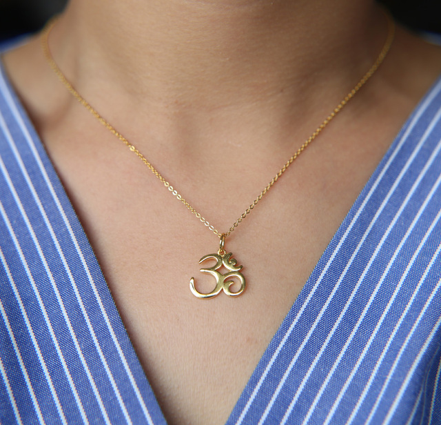 $ US $6.08 2018 fine pure 925 sterling silver 41+5cm chain high polish sparking gold color women ohm om india symbol yoga necklace