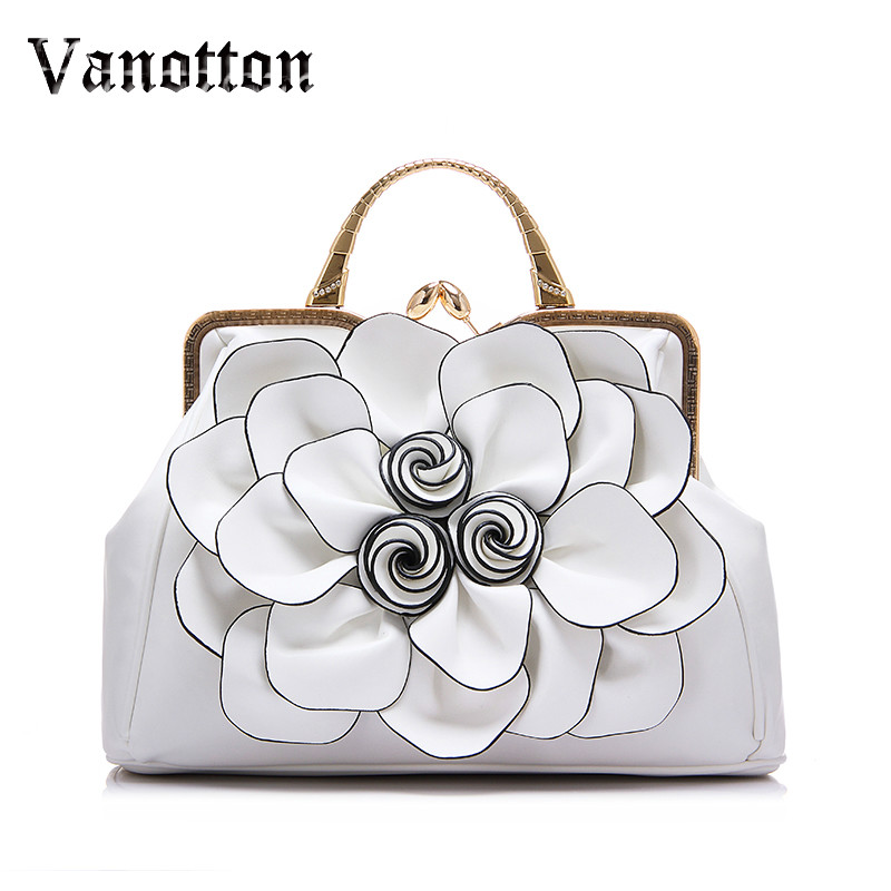 2017 brand spring new women handbag with a big 3D flower,high quality PU leather tote bag female large shoulder messenger bags