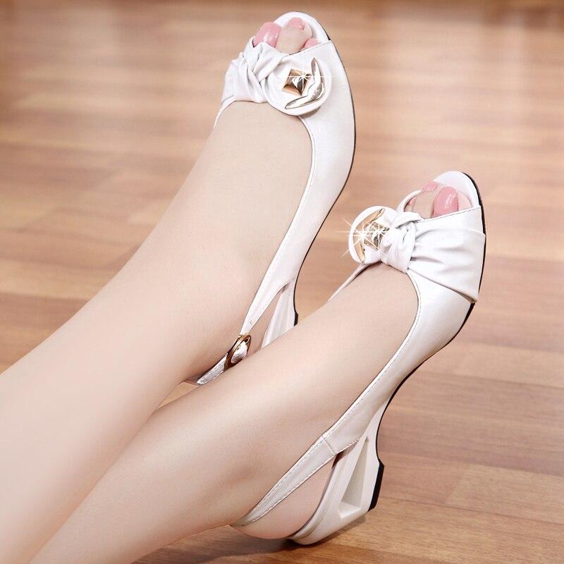 2018 été nouveau Style sandales femme été avec cales chaussures de bouche de poisson grande taille petites chaussures blanches chaussures pour femmes confortables