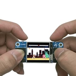 Raspberry Pi Mini game console 1.54