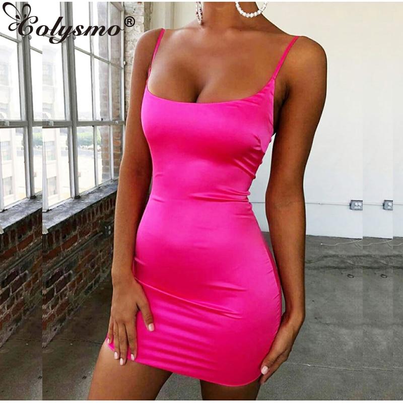 Colysmo Stretch Satin Mini Kleid Frauen Sexy Straps Slim Fit Bodycon Party Kleid Neon Grün Rosa Kleid Dual-layered robe Femme