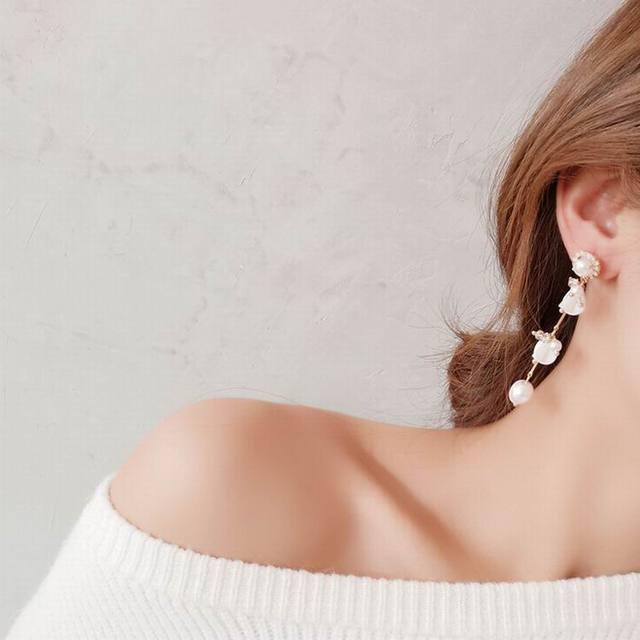 Elegant Rhinestone Crystal Pendant Long Pearl Temperament Earrings