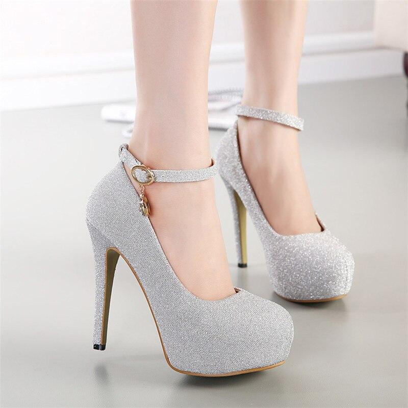 Bling Beige Mewah Berlian Imitasi Pompa Tali Pergelangan Kaki Wanita Pompa  Platform Tinggi Merek Designer Sepatu Karet untuk Wanita D118 35 di Wanita  Pompa ... 656d4f05f2d7