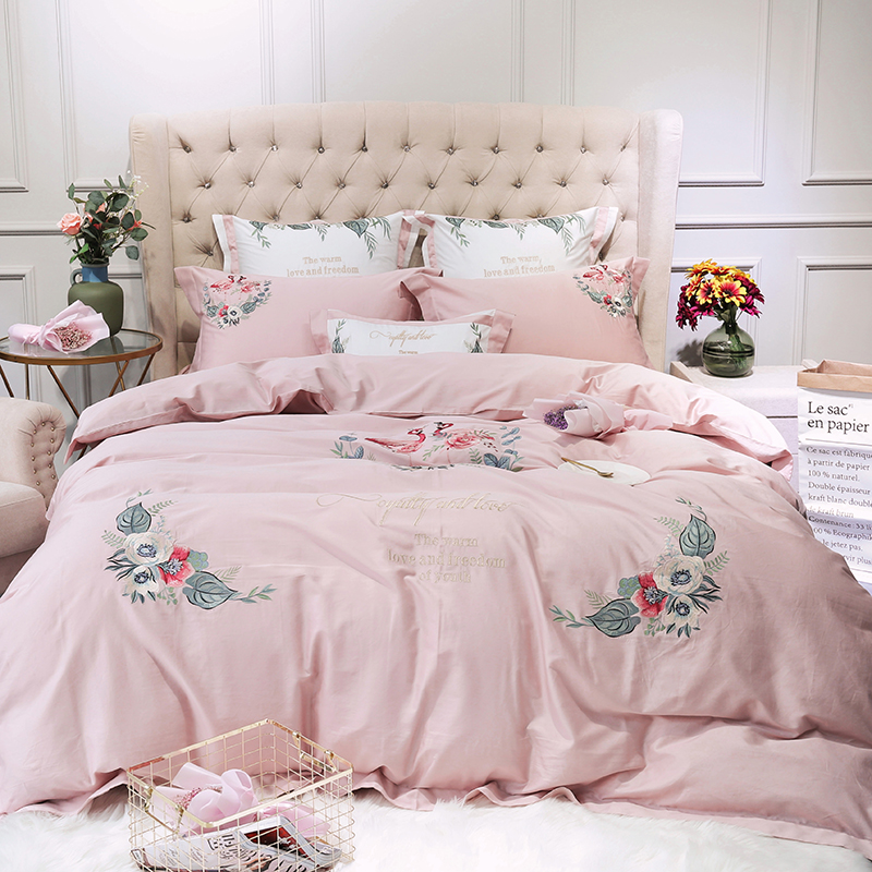 Home Textile pink egyptian cotton Bed Linens 4/7pcs Bedding Sets Bed Set Duvet Cover Bed Sheet Embroidery Cover SetHome Textile pink egyptian cotton Bed Linens 4/7pcs Bedding Sets Bed Set Duvet Cover Bed Sheet Embroidery Cover Set