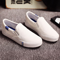 A nova cor sólida sapatas de lona coringa da moda sapato branco Estudantes preguiçosos sapatos femininos sapato cobre com pés chatos