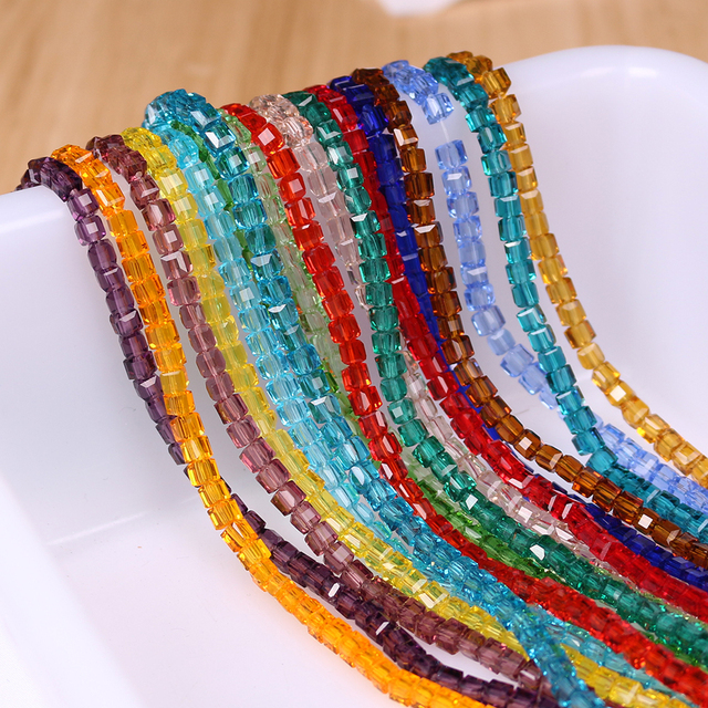 400PCS LOT Austrian Crystal Square Beads 2mm Faceted Glass Cube Loose Beads  For Needlework Accessories 7517c995d0fc