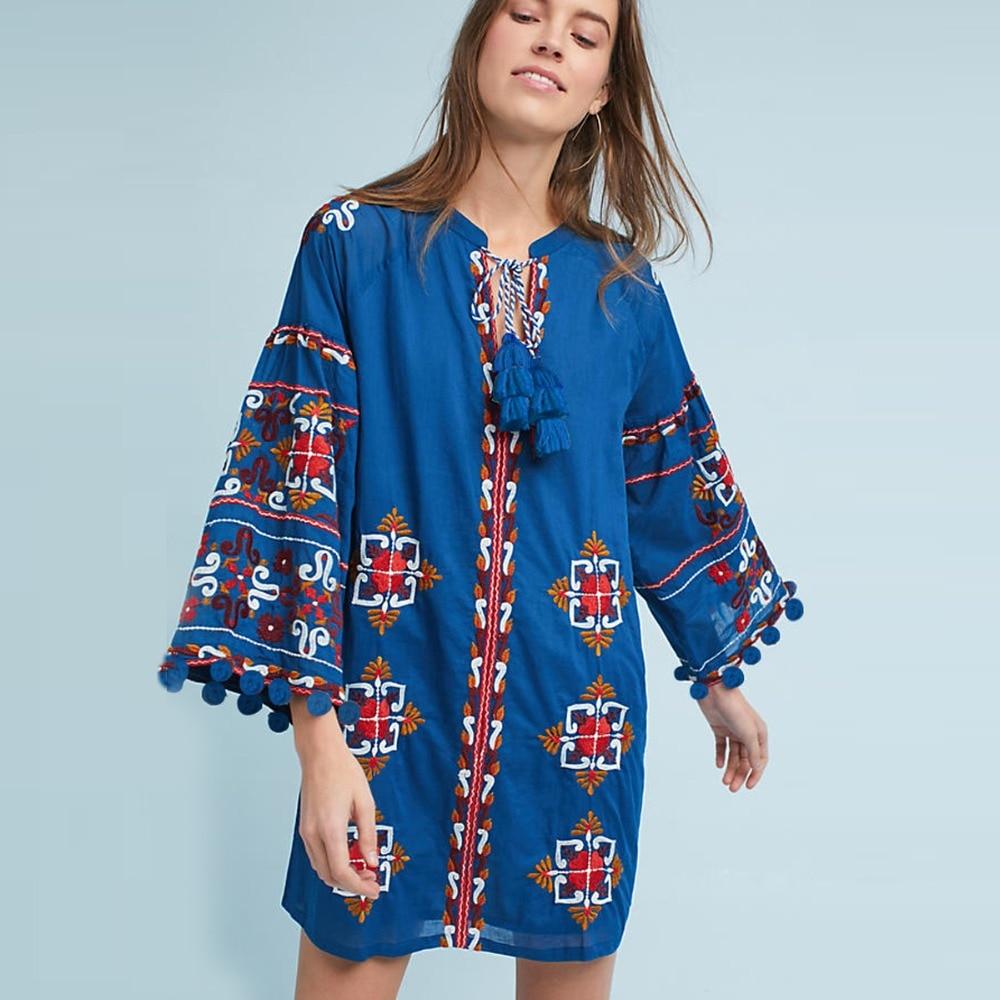 Boho Folk Floral brodé Ukraine bleu Mini robe manches longues Sino coton femmes robe avec col en v lâche printemps été robe