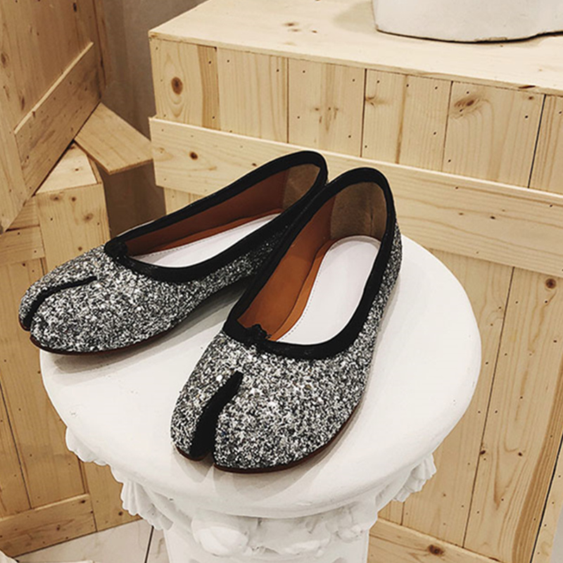 Glossy Woman Shoes Glitter Sequined Cloth Woman Flats Chic Woman Loafers Slip On Women Shoes Trendy Outdoor Star Brand ShoesGlossy Woman Shoes Glitter Sequined Cloth Woman Flats Chic Woman Loafers Slip On Women Shoes Trendy Outdoor Star Brand Shoes