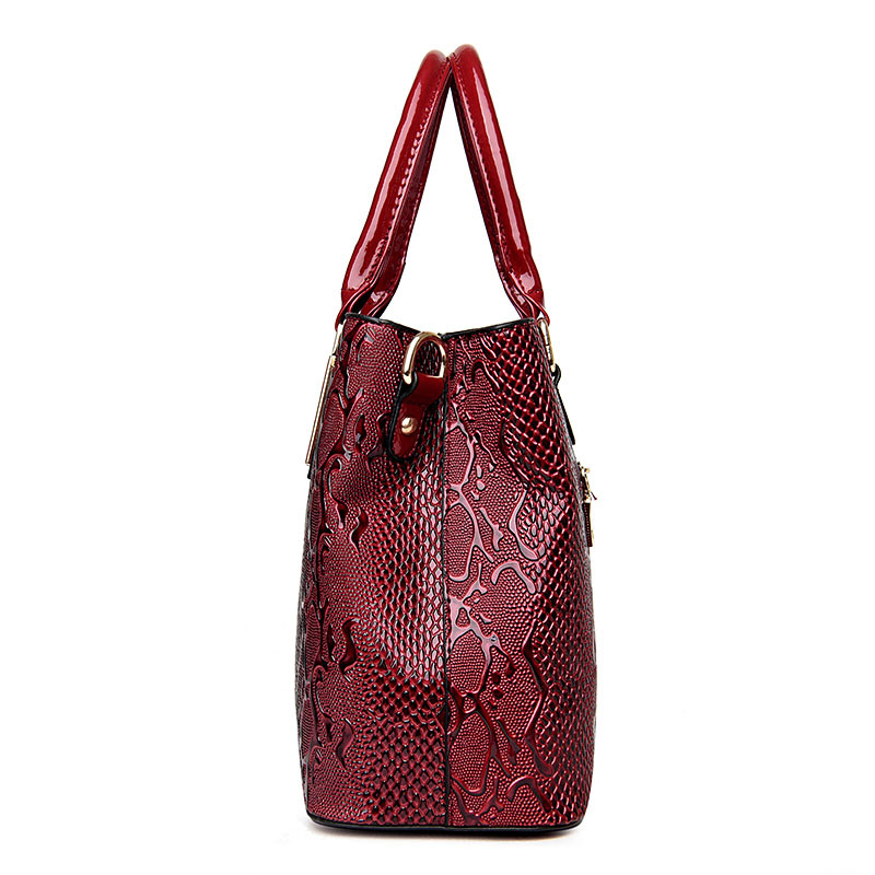 2aedd4f9079a Luxury French Designer Bag Women Stella Handbags Fake Casual Serpentine  Handbag Famous Brands Bright Tote Bags For Women 2018 on Aliexpress.com