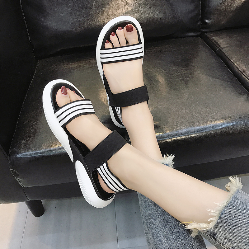 Casual sandals female summer thick bottom simple 2019 new students wild retro flat sandals tide 25