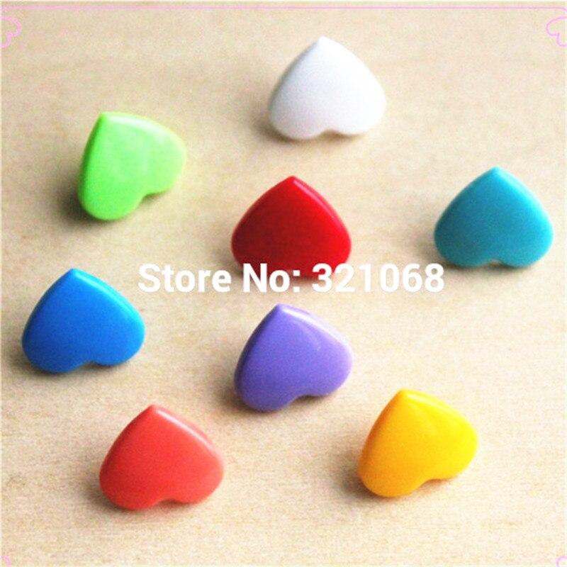 15 видов цветов микс Кам в форме сердца 150 комплекты из двух предметов пластиковые кнопки подгузники с кнопками