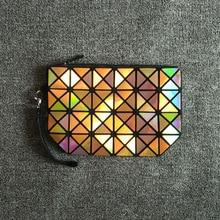 2016 Fashion Geometric Zipper Cosmetic Bag Women Laser Flash Diamond Leather Makeup Bag Ladies Cosmetics Organizer New Trend