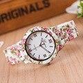 Nova Moda Relógio de Genebra Assistir Mulheres de Luxo Flores Impresso Casual Quartz Watch Popular Elegante Vestido de Damas Relógio de Pulso Relojes