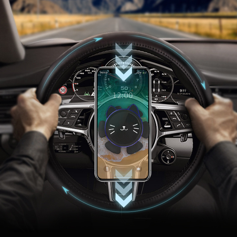 Magnetic Car Phone Holder Car Steering Wheel Mobile Phone Holder 360 Degree Rotating Bracket GPS Navigation Bracket For IPhone X