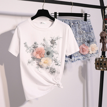 цена на Europe Summer 2018 Woman New Three-dimensional Flowers Embroidered with Sequins Short Sleeved T-shirt + Denim Shorts Suit Sets