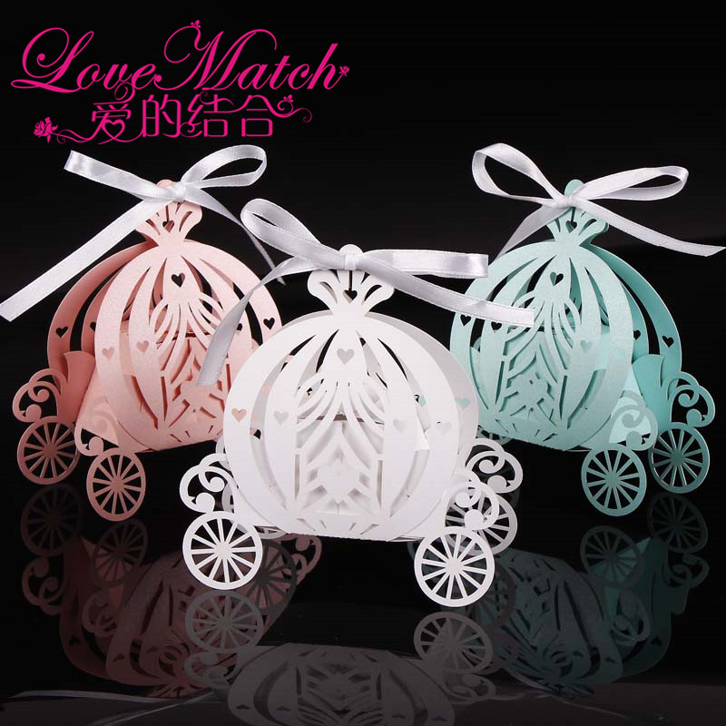 2018 50pcs Laser cut pumpkin carriage Wedding Candy favor box,pearl color paper candy box,baby shower birthday gift