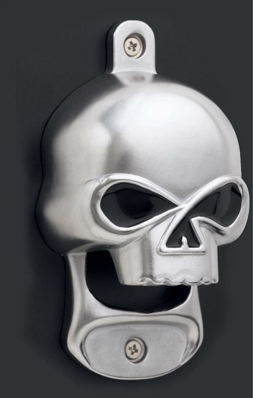 European Style Skull And Crossbones Wall Mounted Beer