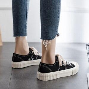 Image 2 - Sapatilhas femininas sapatos de lona primavera tendência casual apartamentos sapatilhas femininas nova moda conforto cor sólida sapatos vulcanizados