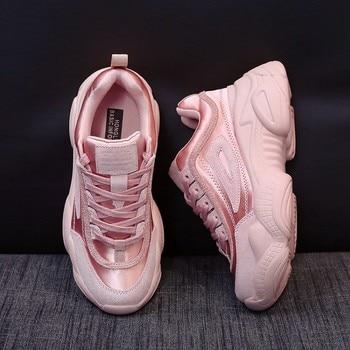 99fea8a96 2019 Весенние Новые корейские дизайнерские туфли на танкетке; цвет розовый,  белый; женские Сникеры на платформе; Туфли на шнуровке; Цвет Черны..